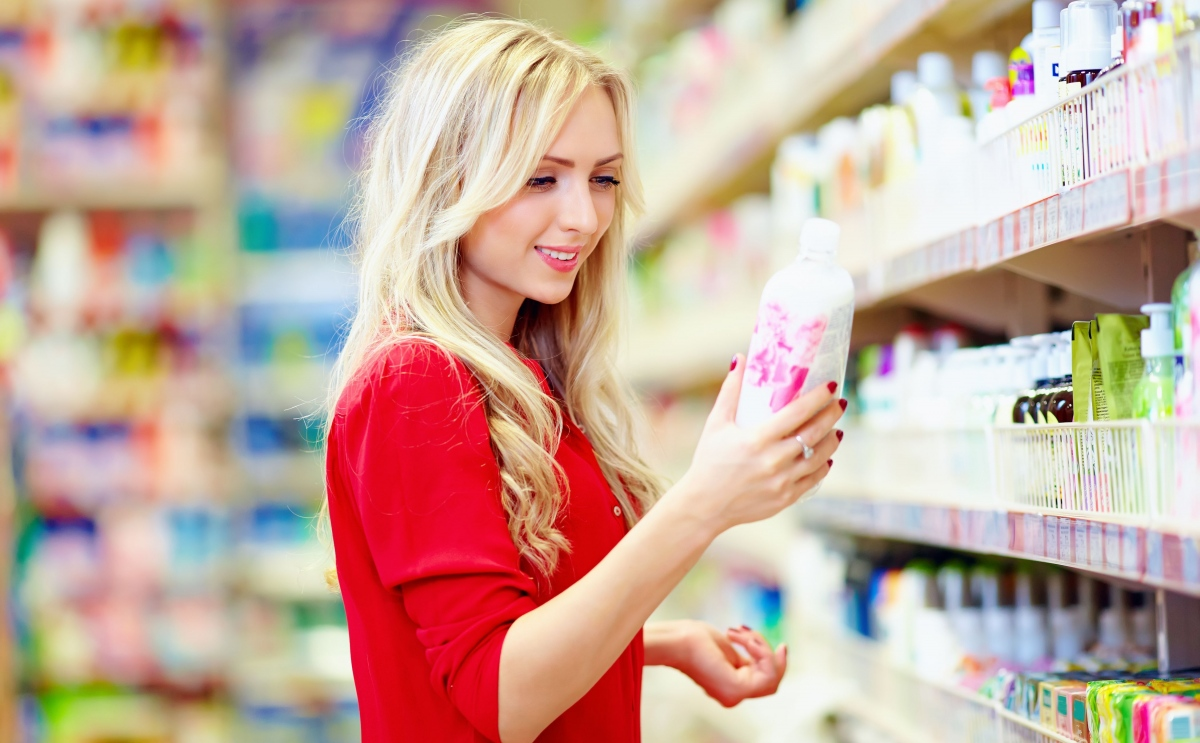 buying behaviour of women consumer in cosmetic category