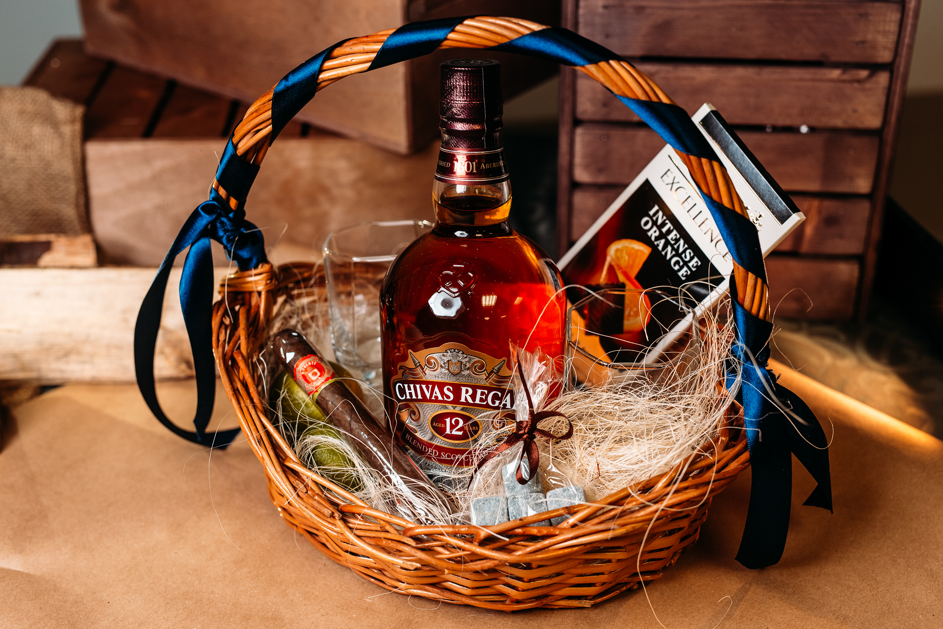 область таких подарок в корзине алкоголь своими руками фото желанию можете